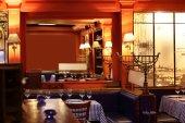Europees restaurant in felle kleuren — Stockfoto