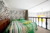 Nice interior of european bedroom — Φωτογραφία Αρχείου