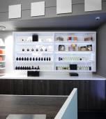 Luxus parfüm-shop — Stockfoto