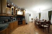 İç modern Avrupa mutfağı — Zdjęcie stockowe