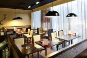 Europäischen restaurant in leuchtenden farben — Stockfoto