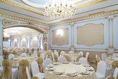 Europeiska restaurang i ljusa färger — Stockfoto