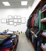 Zbrusu nový interiér látkou úložiště — Stock fotografie