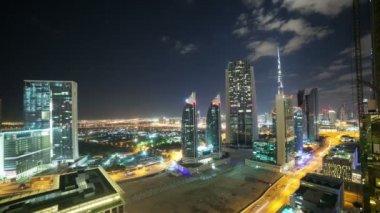 Night view of Dubai — Stock Video