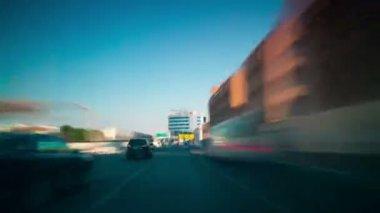 Mening van de Dubai straat — Stockvideo