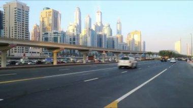 Estrada principal de Dubai — Vídeo stock