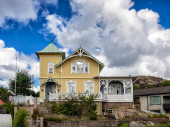 Historic old wooden house in Lysekil, Sweden — Stock Photo