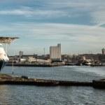 エスビャール港でマルチ目的船 — ストック写真 #56295577