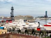 The red port cable, Transbordador Aeri del Port in Barcelona — Stockfoto