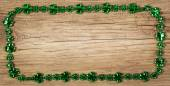 St. Patrick's Day. Frame on wooden background — Foto de Stock