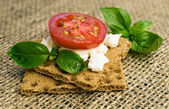 Rye bread with cottage cheese and tomatoes  — Stock Photo