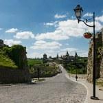 Road leading to the Kamenec-Podolsk castle — Stock Photo #73312673