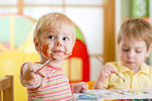 Kids painting at home — Stock Photo
