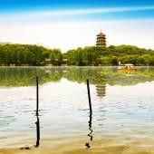 West Lake in Hangzhou, Zhejiang, China — Stock Photo