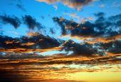 Sunrise and sunset — Stock Photo