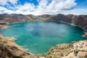 Quilotoa crater lake, Ecuador — Stock Photo