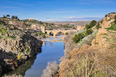 Tagus river and Bridge of San Martin, Toledo (Spain) — Stock Photo