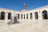 Interior courtyard of the Al-Hakim Mosque, Cairo (Egypt) — Stock fotografie