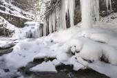 Frozen waterfall of Puente Ra, La Rioja (Spain) — Stock Photo