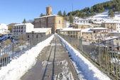 Town of Ortigosa de Cameros in a snowy day, La Rioja, Spain — Stock Photo