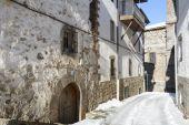 Snowy street, town of Ortigosa de Cameros, La Rioja, Spain — Stock Photo