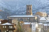 Town of Viguera in a snowy day, La Rioja, Spain — Stock Photo