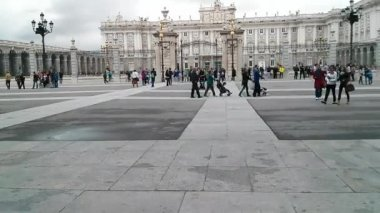 Time lapse of the Royal Palace in Madrid, Spain. — Stock Video