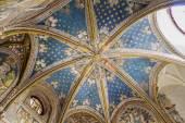 トレド大聖堂内部の台無しにされたチャペル — ストック写真