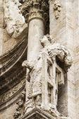 Adornos y esculturas de estilo gótico — Foto de Stock