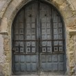 Medieval door Spanish city of Segovia. — Stock Photo #69530219
