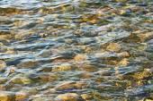 Kiezels onder water — Stockfoto