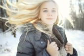 Teen girl in winter — Foto Stock