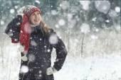 Retrato de mujer invierno — Foto de Stock