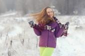 Kvinna vintern porträtt — ストック写真