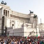 Famous Italian monument Vittorio Emanuele II in Rome — Stock Photo #58460683