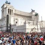 Famous Italian monument Vittorio Emanuele II in Rome — Stock Photo #58460697
