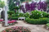 Garden of Villa Rufolo in Ravello village — Stock Photo