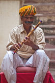 Człowiek w tradycyjne stroje w Radżastanie — Zdjęcie stockowe