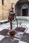 Statue symbolizing equipment of a pilgrim  — Stock Photo