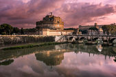 The Mausoleum of Hadrian, known as Castel Sant Angelo and the Sa — Stock Photo