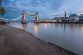 Thames River and Tower Bridge at the Evening, London, United Kin — Stockfoto