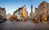 Tallinn Town Hall and Olde Hansa Restaurant in the Morning, Tall — Stock Photo