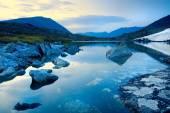 Mountain lake — Zdjęcie stockowe