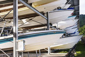 Power boats sheltered parking facility marina in Trinidad — Stockfoto
