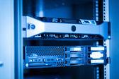 Komputerowe sieci serwerów w danych — Zdjęcie stockowe
