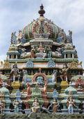 Tower on top of Murugan Shrine at Thiruvannamalai temple. — Stock Photo