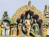 Lord Murugan and his two wives on top of his shrine at Thiruvann — Stock Photo