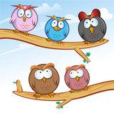 Funny owl group cartoon on tree  — Stock Vector