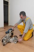 Laminate flooring of room, batten cuting — Stock Photo