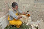 Home renovation, tile demolish — Stock Photo
